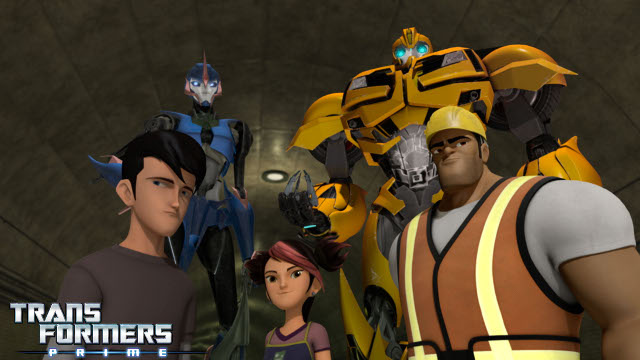 Autobots and Decepticons are equally dysfunctional, in an exclusive Transformers: Prime clip