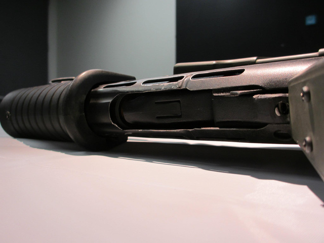 What an Aliens Pulse Rifle Looks Like in the Real World