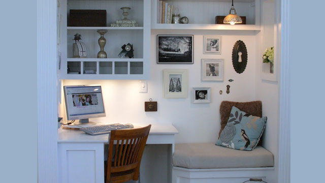 Click here to read The Home Office Nook