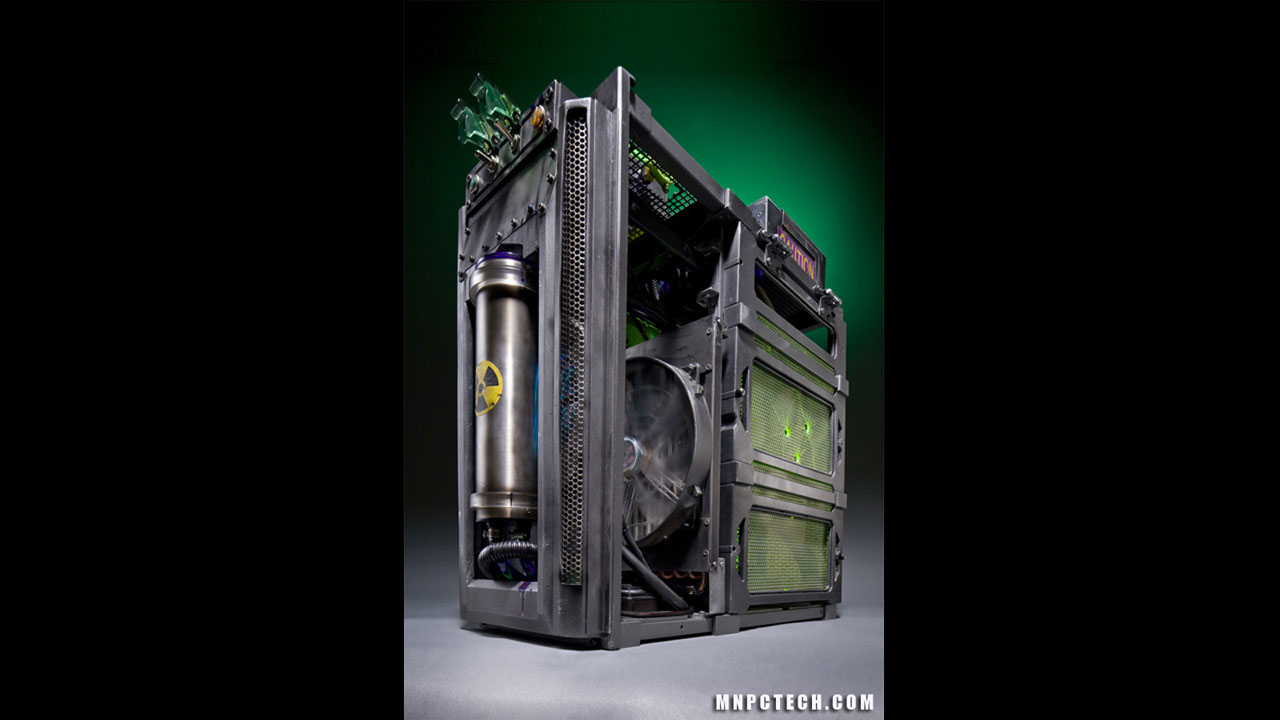 Click here to read A Nuclear PC Mod for a Post-Apocalyptic World