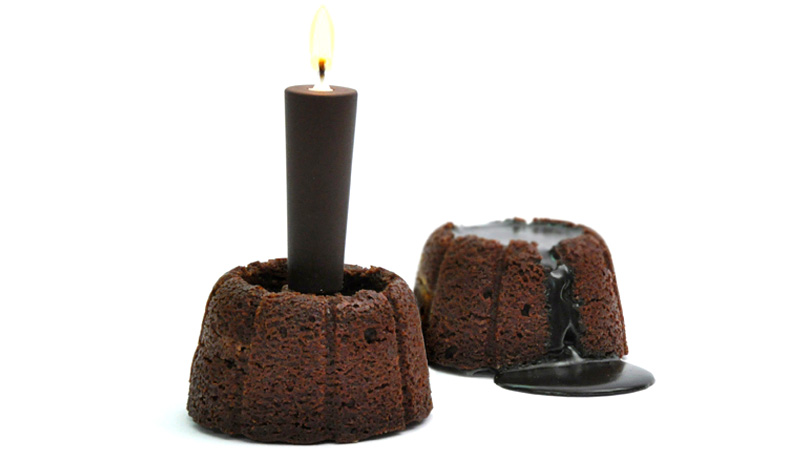 Prepare To Have Your Mind Blown By Molten Chocolate Candle Cake