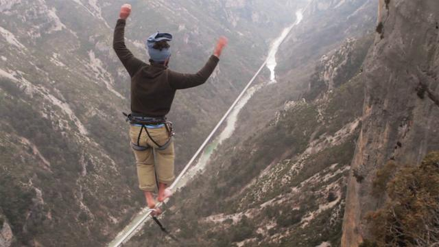 Click here to read Watching These People Traverse a Slack-Line High Above a Ravine Is the Best Kind of Terrifying