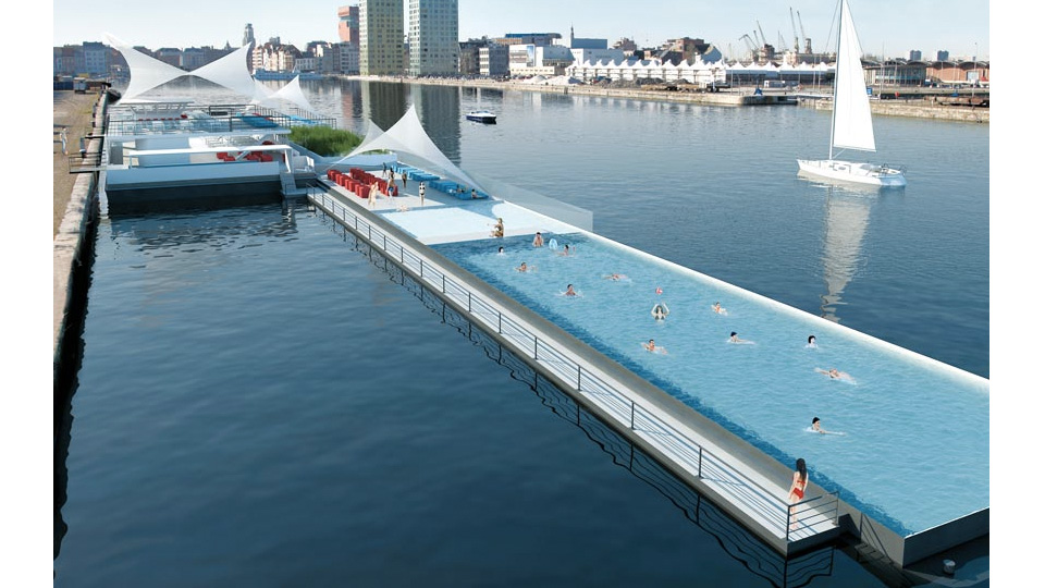 Click here to read Olympic-Sized Pool Boat Is an Instant Tourist Attraction—Just Add Water