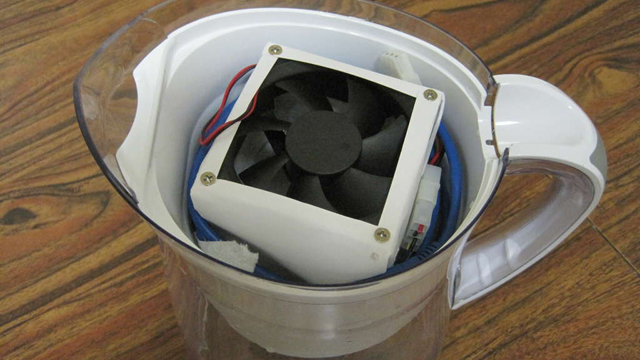 Click here to read Build a Portable USB Air Conditioner Out of a Filtered Water Pitcher