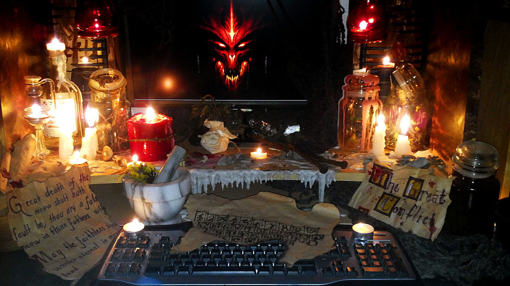 Click here to read No One is More Prepared to Play <em>Diablo III</em> Than This Guy