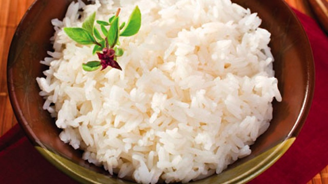 Cook Rice in Beer for a Flavorful, Non-Lumpy Dinner Dish