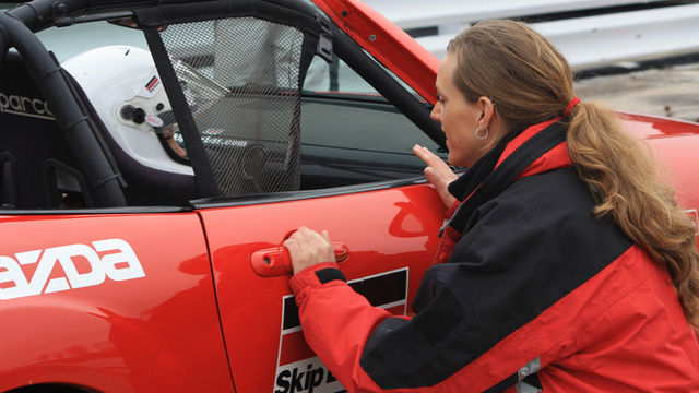 Ten Ways To Inspire Women Gearheads
