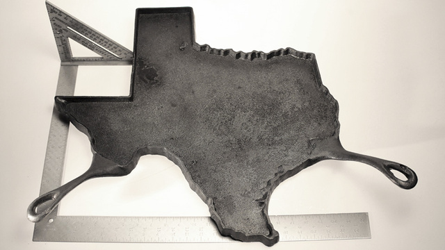Make Texas-Sized Pancakes With the United States of Skillets