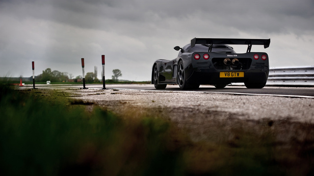 Ultima GTR: Straight Up Car Porn