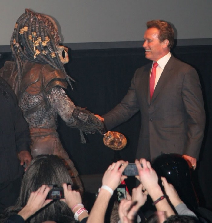 Click here to read And now, Arnold Schwarzenegger cordially shaking hands with the Predator