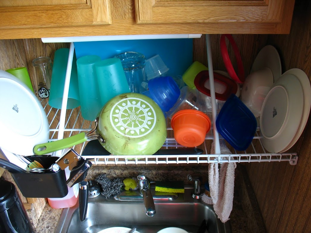 Skip Drying Your Pots and Pans by Hanging a Pot Rack ...