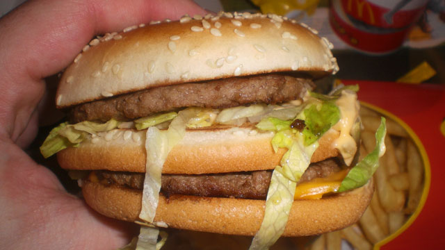 Click here to read Want to Eat Healthier? Pick Up Some Fast Food and Skip the Restaurant