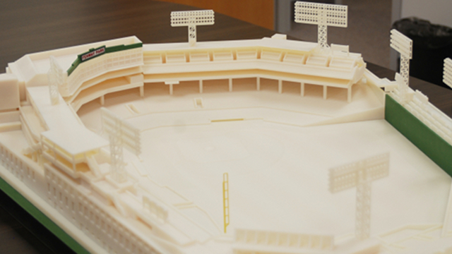 Click here to read This Intricate Replica of Fenway Park Is an Awesome Example of 3D Printing