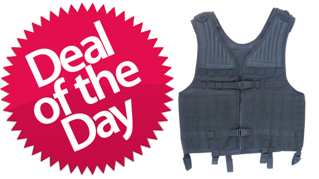 This Tactical Vest Is Your Not-So-Impractical Deal of the Day [Dealzmodo]