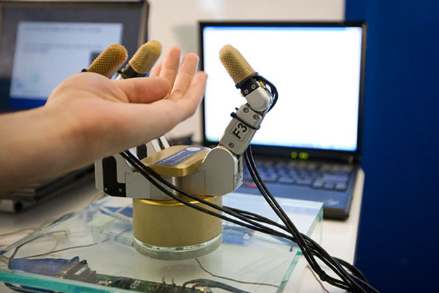 Robot Hand Can Sense Objects Before Touching Them
