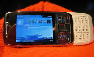 Lightning Review: Nokia E66 Slider Smartphone
