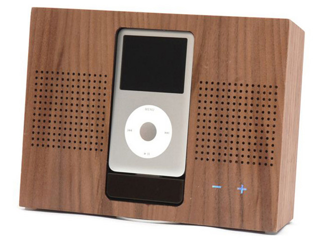 Wooden iPod Dock is Wholesome, Er, Wooden