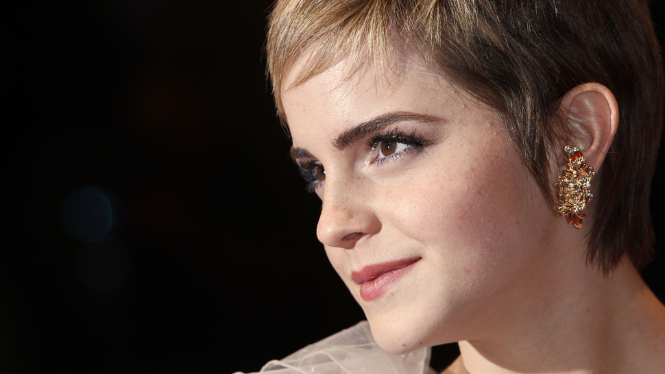 Emma Watson's New Favorite Pastime: Pole Dancing