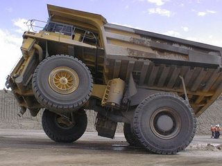 Caterpillar 793, World's Coolest Dump Truck, Now With Electric Drive