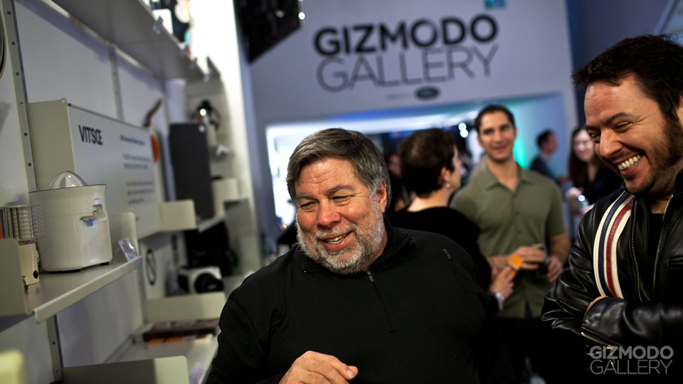 Click here to read Could You Live Without Broadband at Home? (Steve Wozniak Does!)