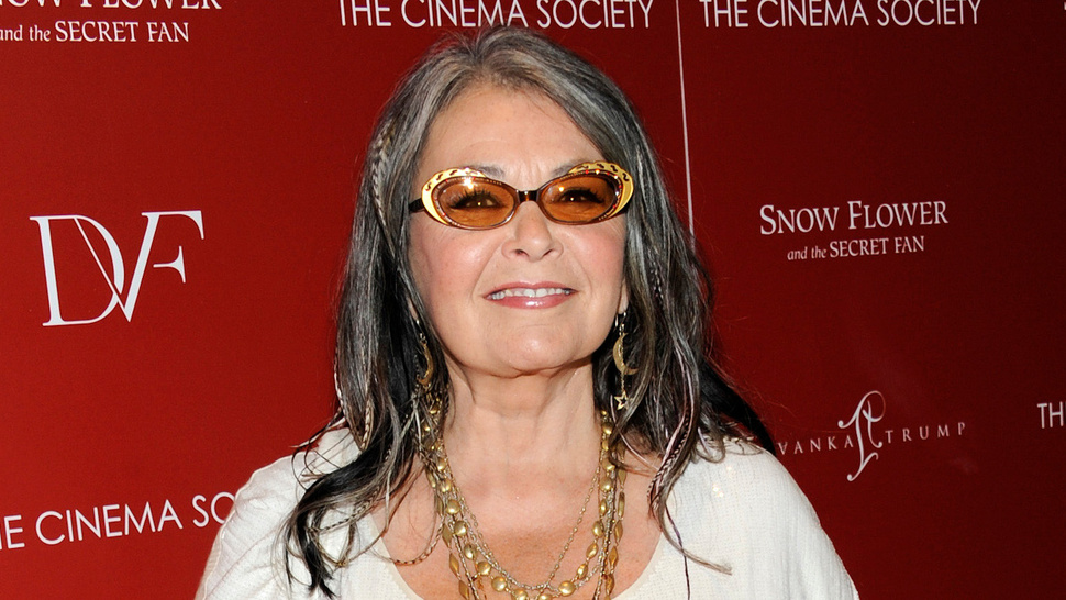 Roseanne Uses Twitter to Court Willie Nelson as Running Mate