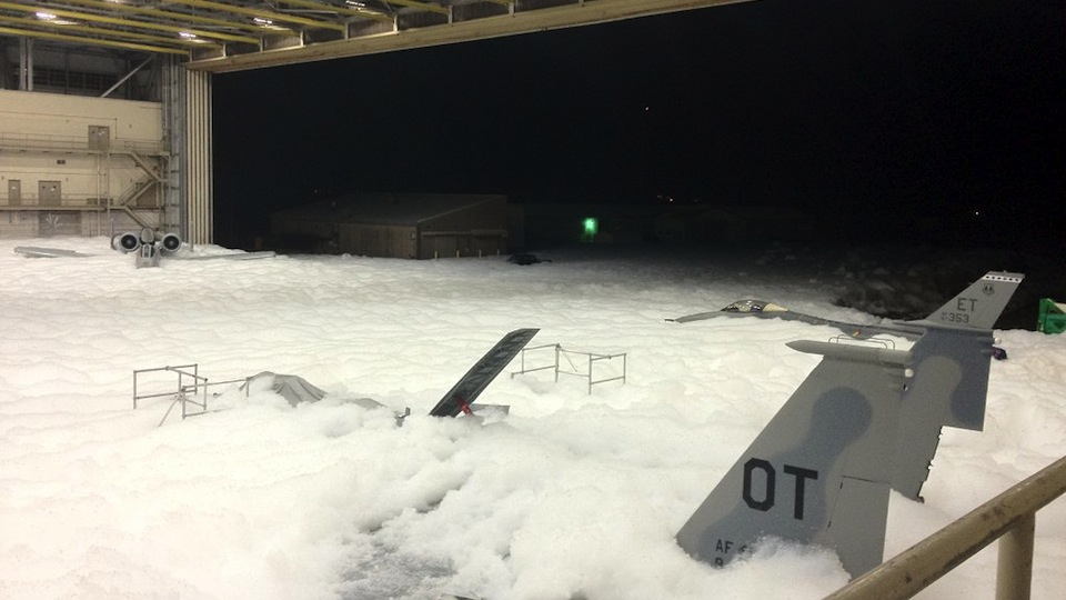 US Air Force Accidentally Fills Entire Hangar With Foam