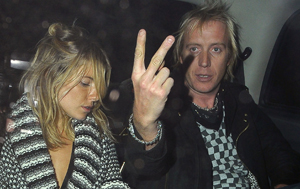 Sienna Miller Dumps That Dude