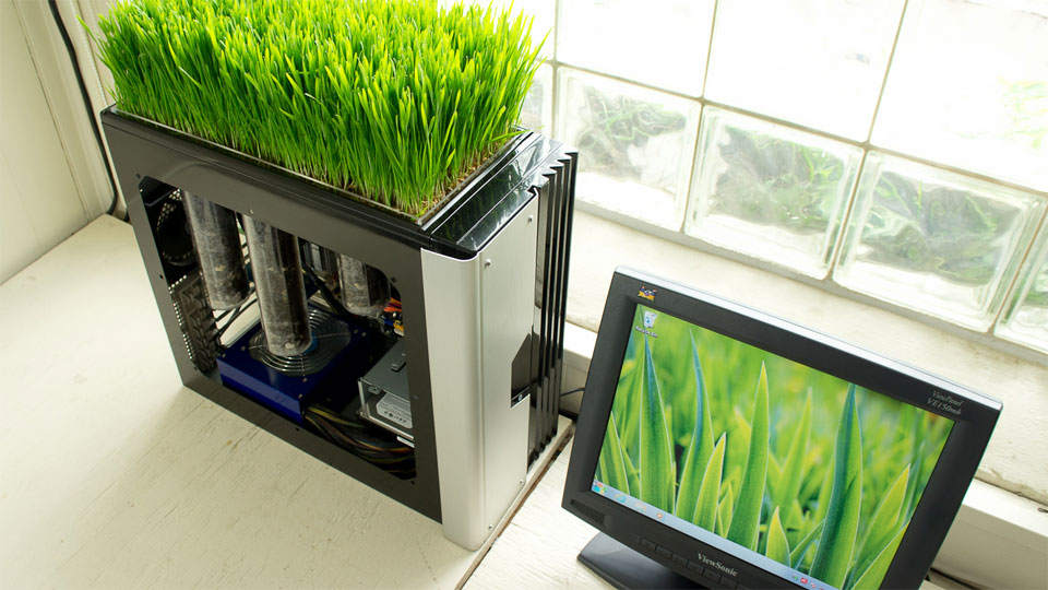 Click here to read Your PC Doesn't Have to Break to Be Turned Into a Planter