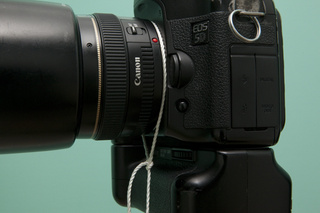 Take Sharper Photos with a Cheap DIY String Tripod