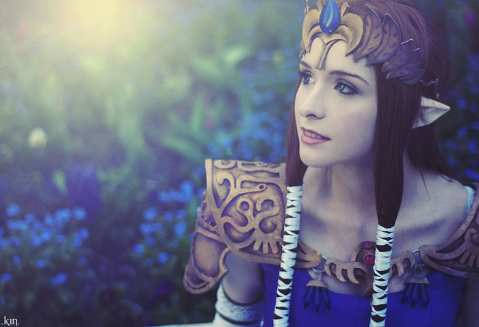Click here to read This, Ladies, is How You Cosplay <em>Zelda</em>