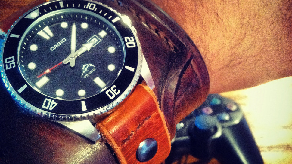 You'll Always Have Time for Treasure-Hunting With This <em>Uncharted</em> Watch