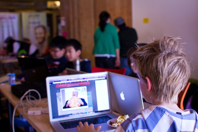 Facebook Engineer Turns Five-Year-Olds Into Hackers