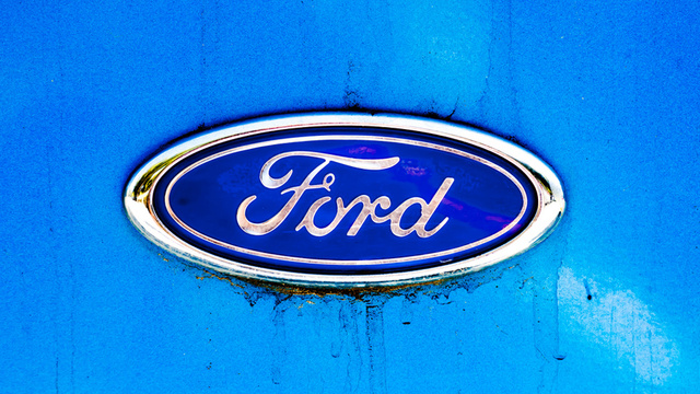 Ford Takes Back The Blue Oval