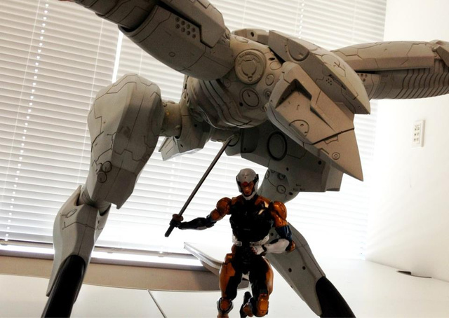 Another Enormous, Expensive Metal Gear Figure