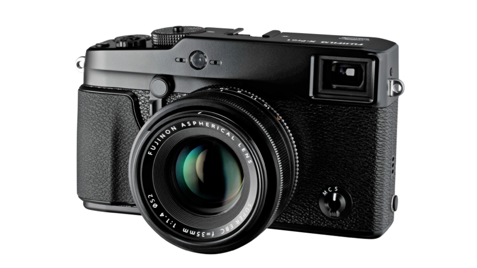 Fuji's M-Mount Adaptor Brings Leica Glass To Your New X-Pro1