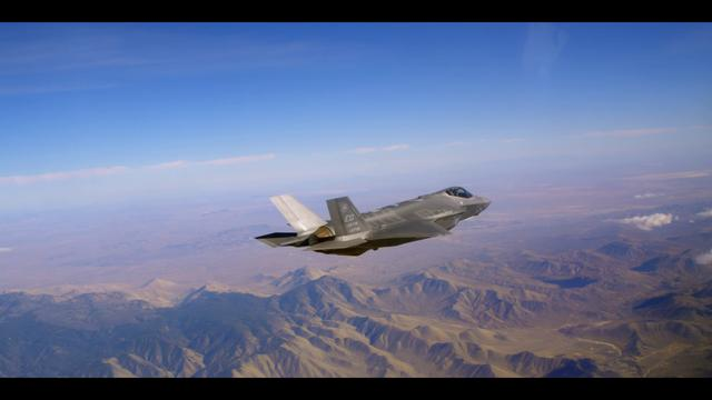 Click here to read F-35 Shot With Red Epic Camera Is Your Airplane Porn of the Week