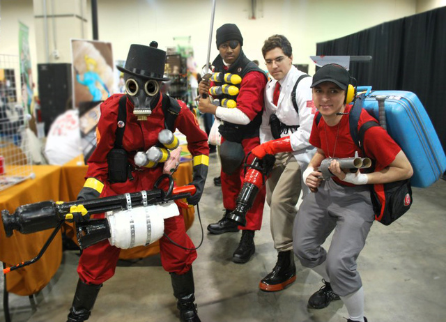 Nothing Says Cosplay Like Cheerleaders, Dragon Age, Catwoman and...Jak and Daxter?