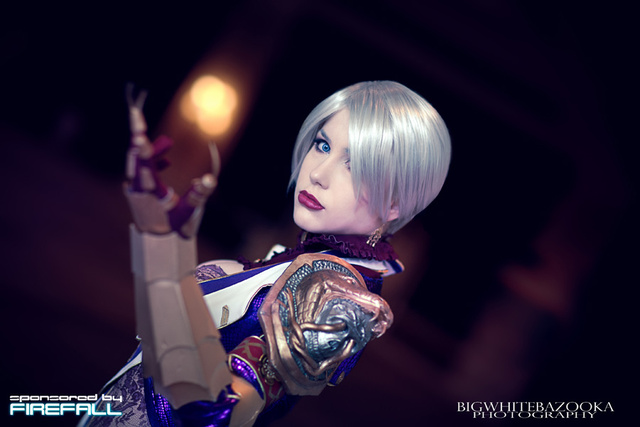 Soulcalibur Takes on Zelda & Fifth Element In This Week's Cosplay Showdown