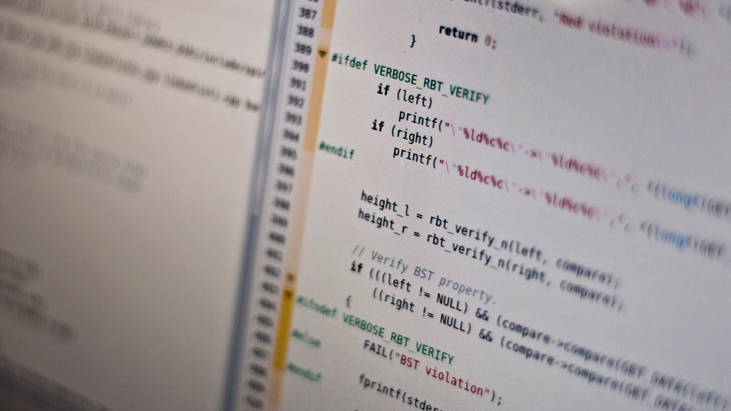 Click here to read Why Do Some Programming Languages Live and Others Die?