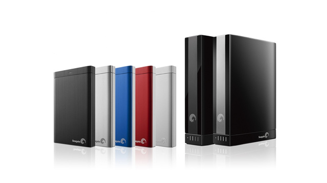 Seagate's New Drives Automatically Upload and Download Photos From Facebook and Flickr