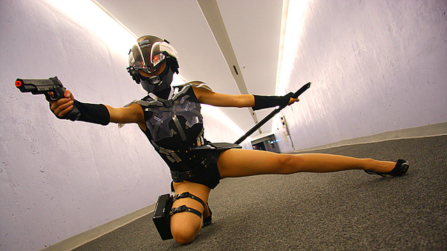 These Lighting Bolt Outfits Will Slice You in Half