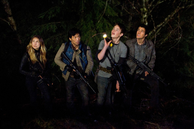 Falling Skies Season 2: No More Magic Bullets