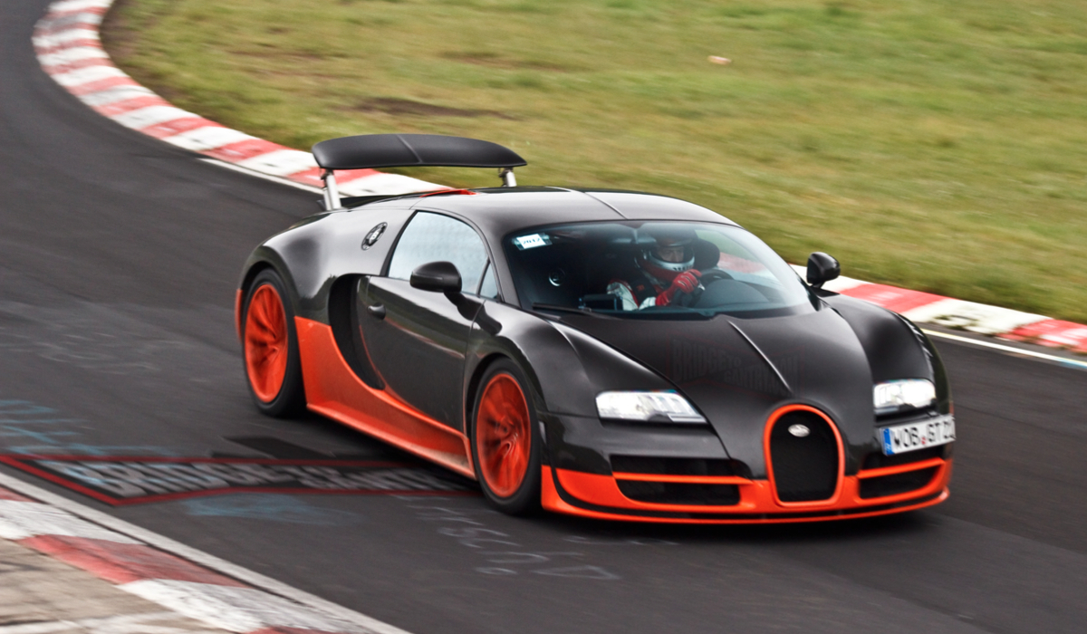 bugatti veyron ss news videos reviews and gossip jalopnik. Black Bedroom Furniture Sets. Home Design Ideas