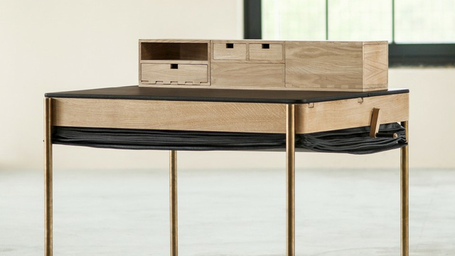 This Lovely Pop-Up Desk Does a Bad Job At Hiding Its Secret