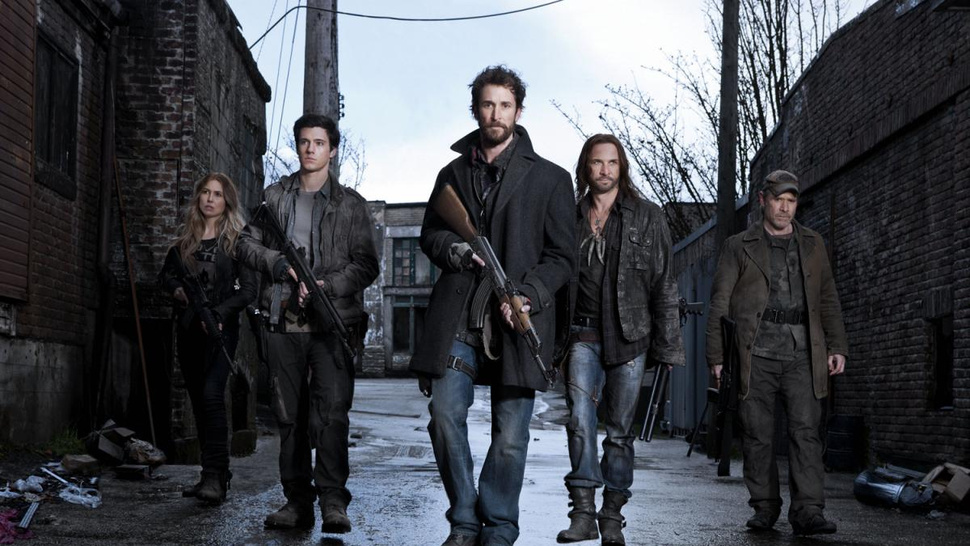 What's happening with <em>Falling Skies</em>' alien-fighters in season two?