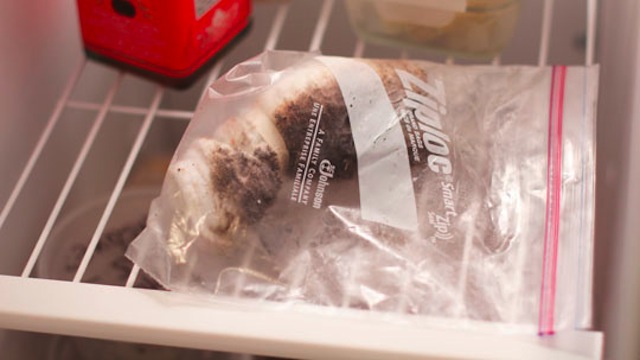 Click here to read Keep an Oiled Rag in the Freezer to Prep Hot Indoor Grill Pans for Cooking