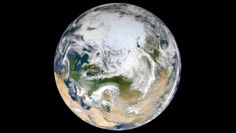 The First Complete View of Earth from the North Pole