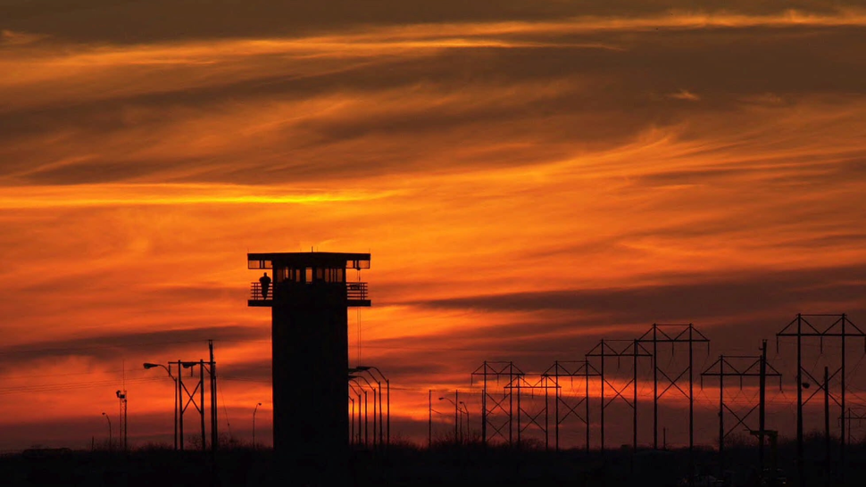 Texas Punishes Prisoners by Killing Them With Heat Stroke