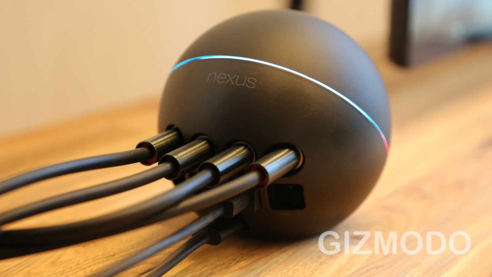 Click here to read Nexus Q Hands On: Google's Odd Little Media-Streaming Orb