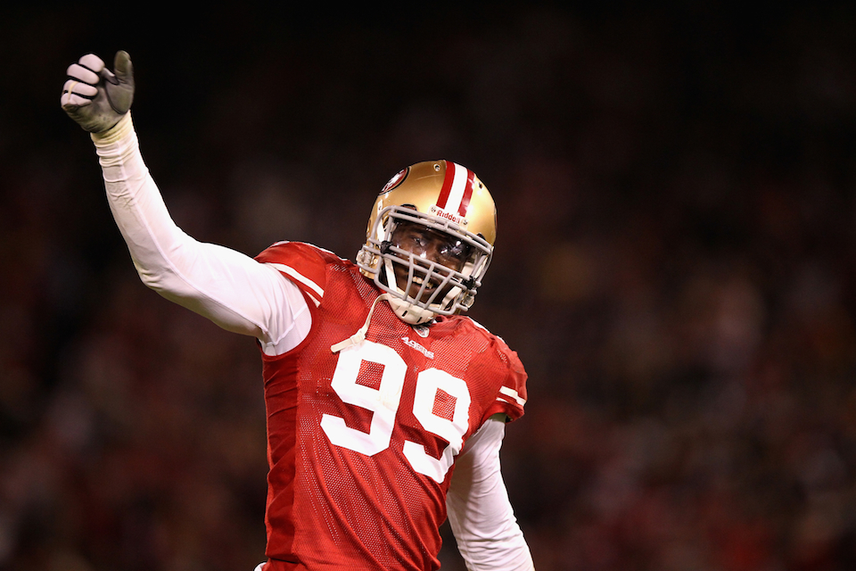 Reports: 49ers Linebacker Aldon Smith Stabbed At House Party, T…